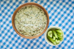 Spinach Bacon and Artichoke Dip from vahuntergatherers.com